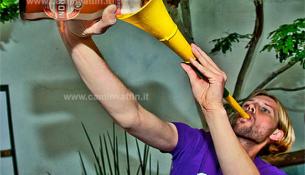 vuvuzela tromba sudafricana mondiami di calcio 2010