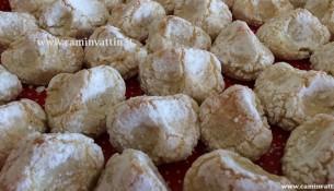 pizzicotti pasta di mandorle bari dolci pasticcini
