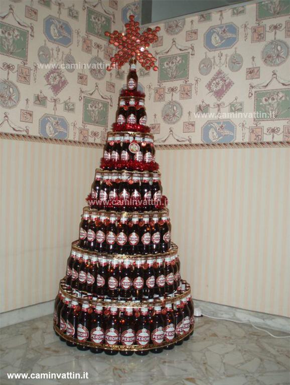 Tutto Per Il Natale.Un Albero Di Natale Tutto Barese Creato Con Bottiglie E
