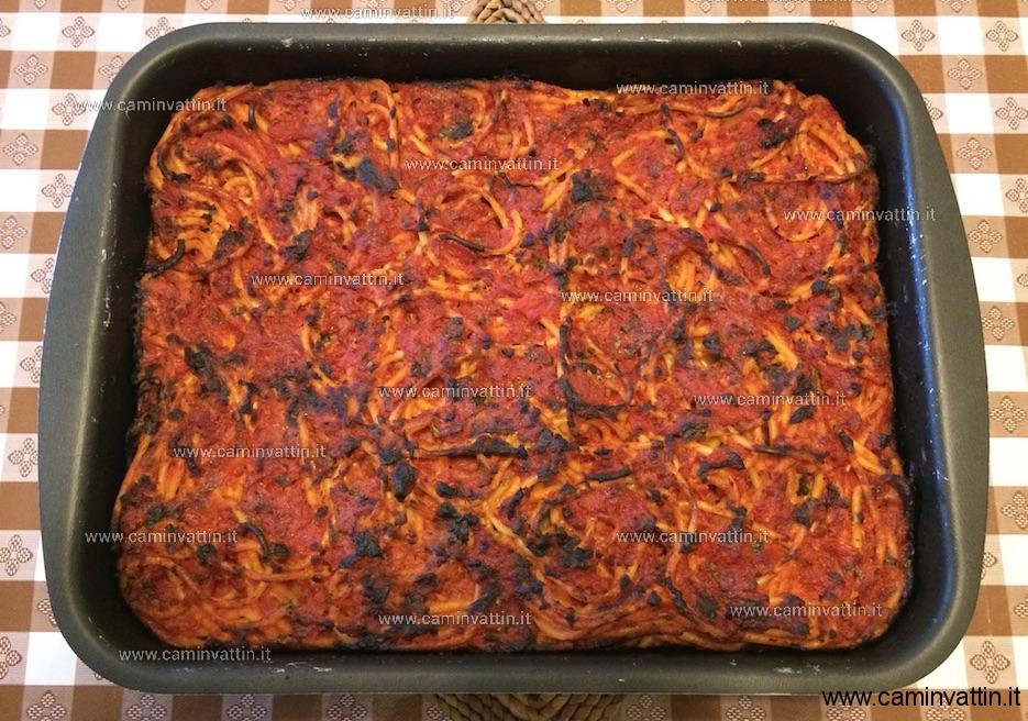 Bucatini alla pizzaiola che Bucatini-pizzaiola-al-forno