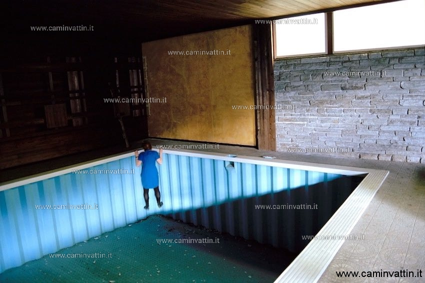 Swimming Pool mostra muratcentoventidue