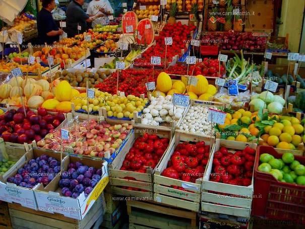 aperture straordinarie mercati bari